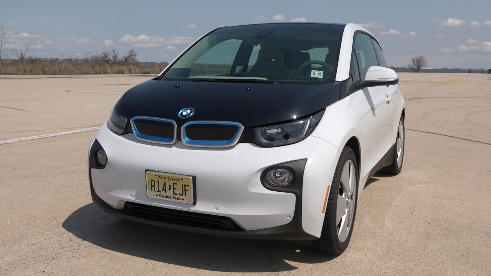 2015 Bmw I3 Review Bmw S First All Electric Car Is Cool But Can